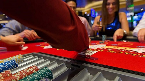 Play in Blackjack Tournaments